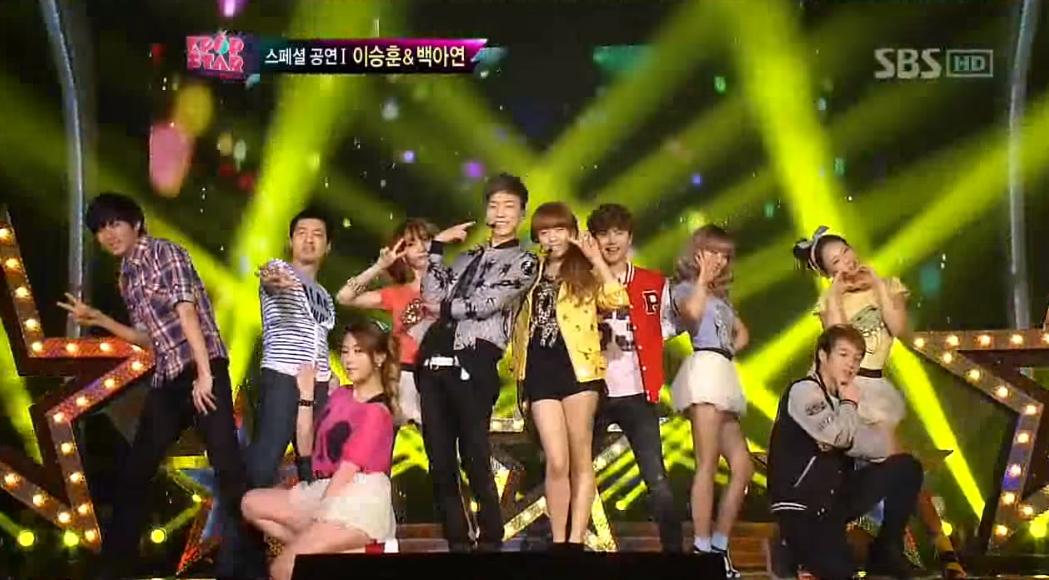 ♡ Lee SeungHoon & Baek Ayeon [Ma Boy2]  第三首選秀節目愛歌就是 ELECTRO BOYZ 的《Ma Boy2》,KPOPSTAR 第一季的參賽者李勝勛(現 WINNER 成員)和白娥娟也曾在節目上表演過這首歌,輕快的曲風配上可愛歌詞,是不是很符合兩個人的氣質。   * 無法播放時,請直接按出處