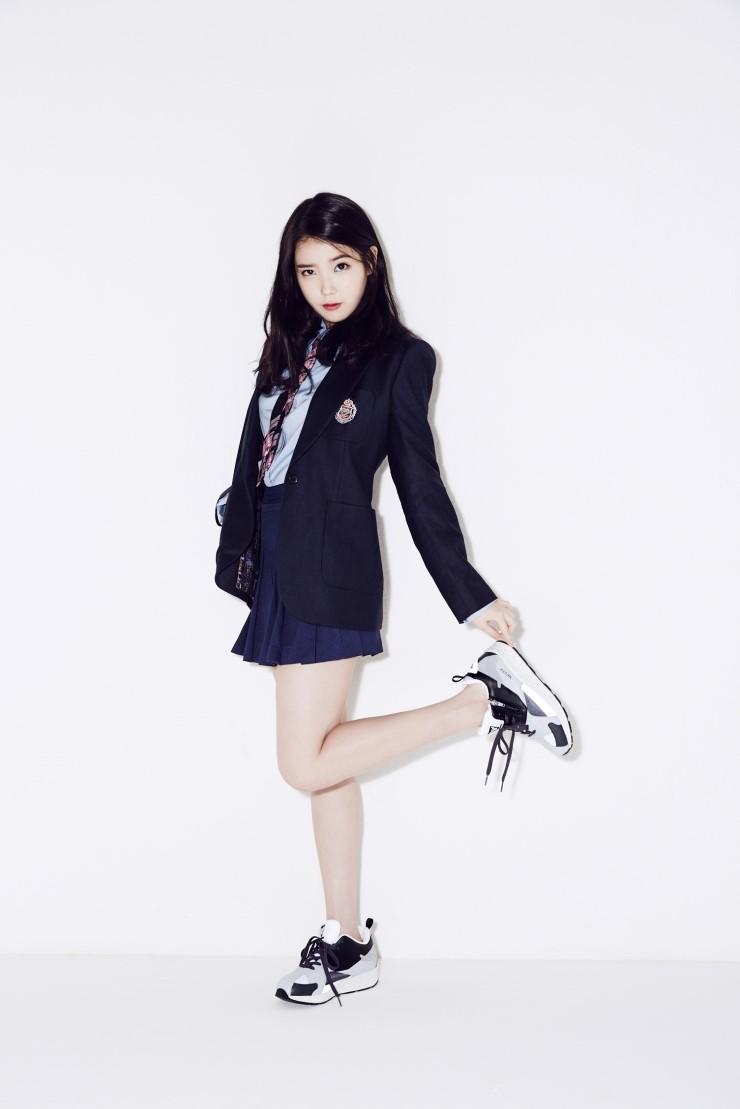 我們喜歡搭配好穿好看的球鞋 但聽說台灣有些學校穿制服要穿皮鞋?