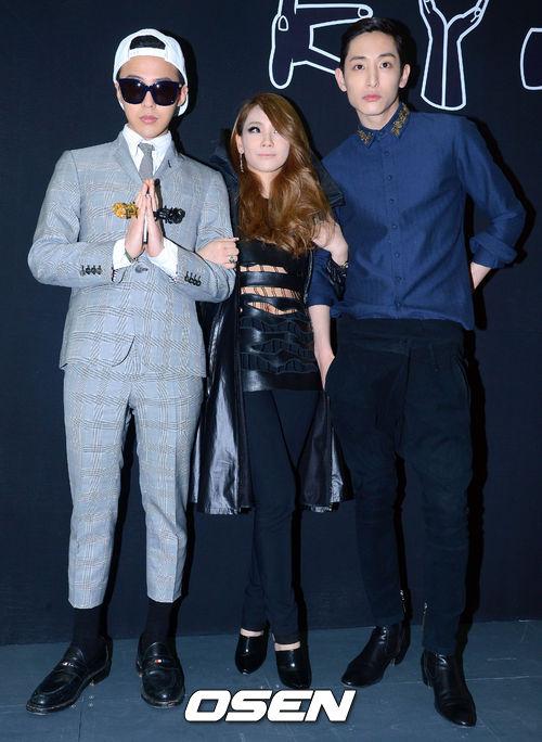 CL對時尚特別關心~偶爾也會跑跑時尚秀~