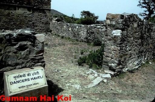 至今沒人敢在這附近居住,就連考古學家也在距離這個地方0.8km遠處考古。