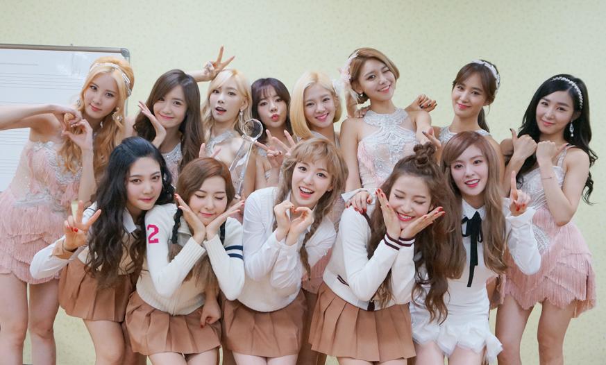 雖然EXO人在日本開唱不克出席,但SM娛樂還是有代表參加明晚的頒獎典禮的!包含今年贏得女團大戰的少女時代,以及師妹團Red Velvet都會出席!