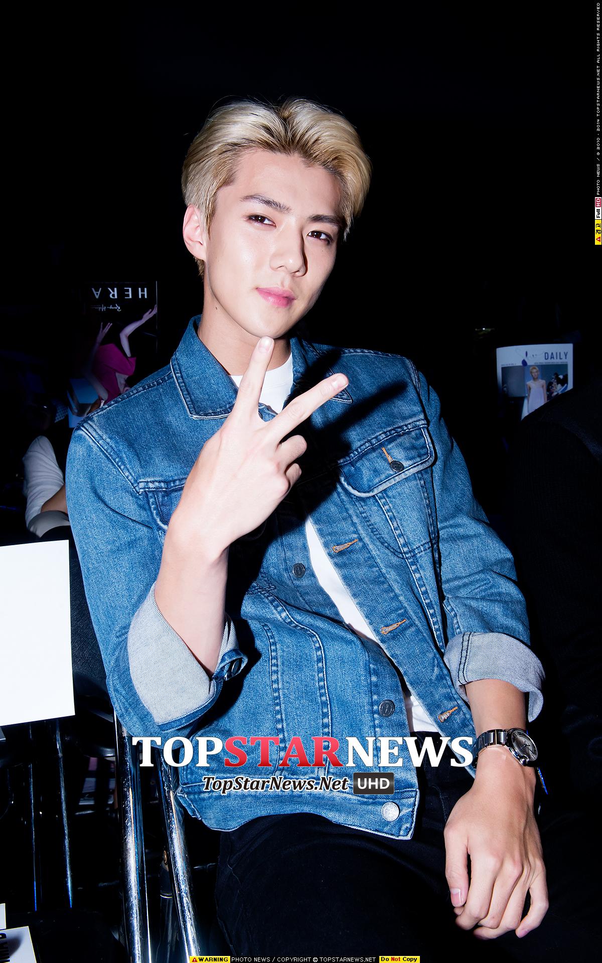 ZZANG ZZANG!猜對了嗎? 就是舉手投足都是畫報的 EXO 成員「世勳」。