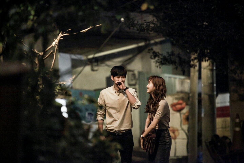 就連韓國電影界也開始動作了!韓國媒體指出過去在韓國國內可以說是沒什麼存在感的朴海鎮,現在足足收到20個邀約劇本,網友更稱朴海鎮是隱藏的珍珠。