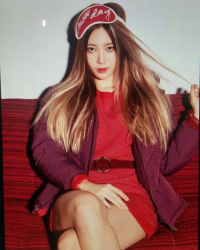 ✿Yura 本名:金亞瑩(김아영) Yura不論是本名還是藝名都很可愛欸♥ 有種很青春的感覺!