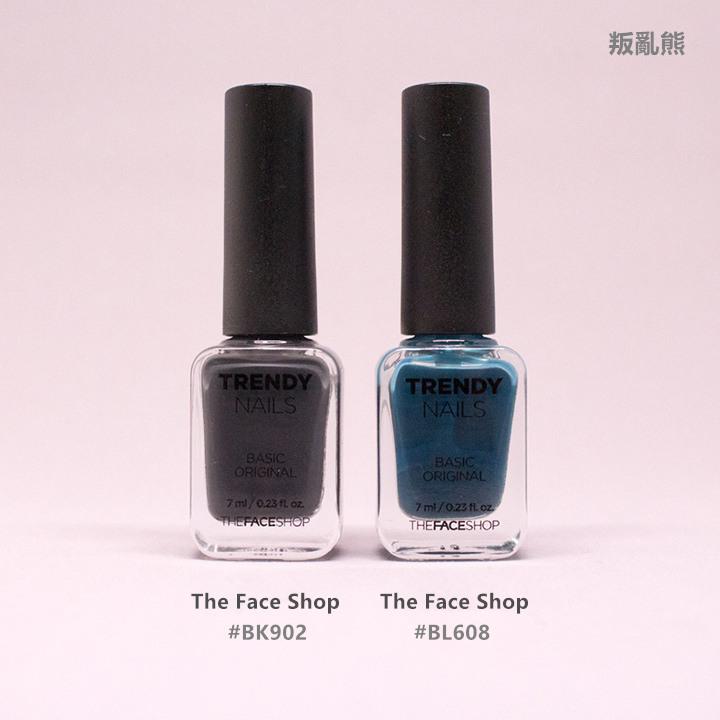 # 深灰+深藍