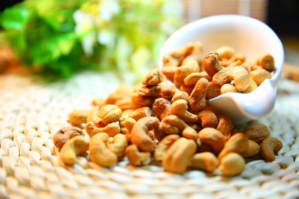 鋅有降低壓力荷爾蒙cortisol的作用!可以多攝入一些富含鋅元素的堅果類、牡蠣、貝類等~
