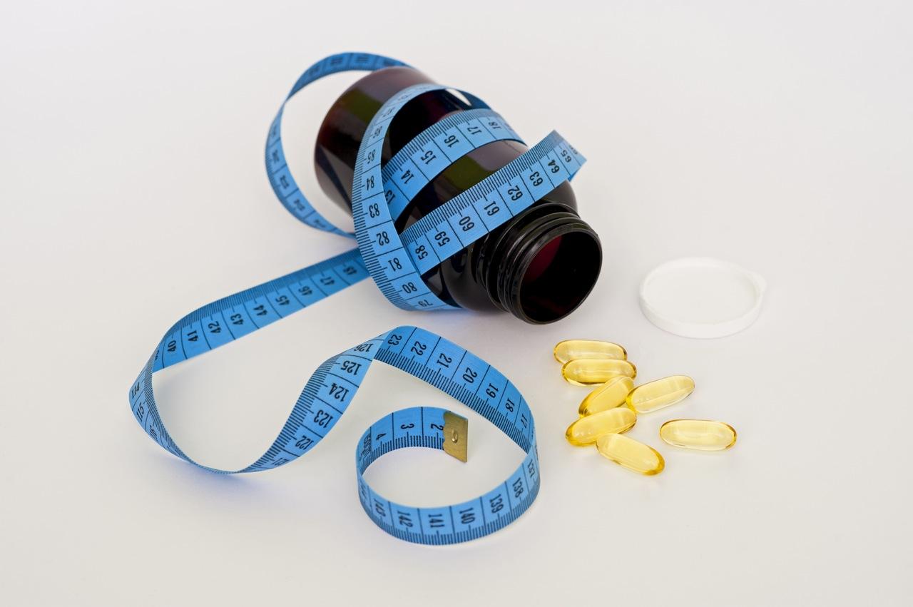 發現學生「最常購買或使用的藥品」是非類固醇消炎止痛藥,占23%。再來是綜合感冒藥占13.2%、解熱鎮痛藥占12.1%、胃藥占11.1%。