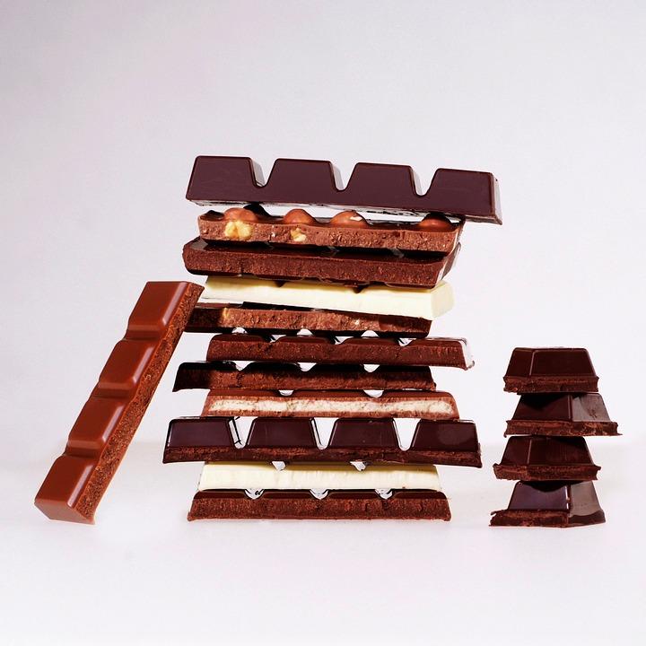 使用方法 : 首先是巧克力選擇,要買可可含量70%以上的黑巧克力才行,一般常見的巧克力裡面大多含有太多的糖和奶油,千萬別搞錯了喔!