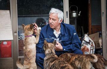 為守護上千動物 他是留在核災的最後一個男人:松村直登