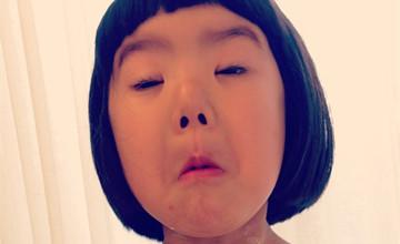 日本女版蠟筆小新? 搞怪蘿莉的另類可愛讓你笑不停