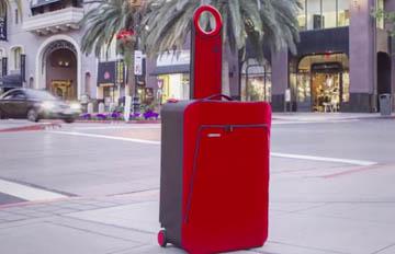 讓旅行者眼睛一亮! 這種行李箱不佔位還能充電?