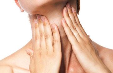 夏天更需注意保養:容易顯老的脖子皺紋