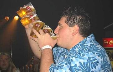 為什麼老強調喝酒不能過量?看了他們的下場就知道