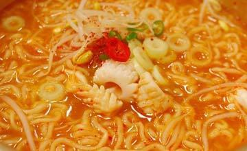 韓國人最愛超商碗麵 辛拉麵只能排第二!