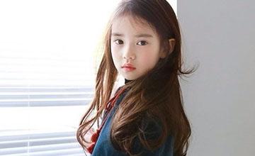 風靡中國市場!8歲正港韓國小女模