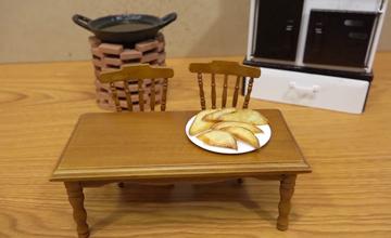 可愛小巧的迷你迷小廚房,真的開火煮飯給你吃!