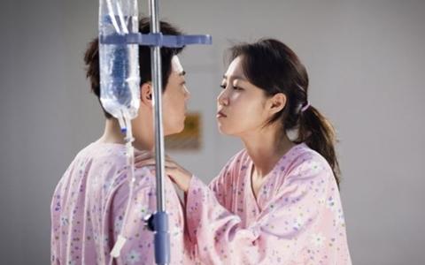女主角太高男主角哭哭!雖然沒有完美身高差 但還是很配的螢幕情侶檔?