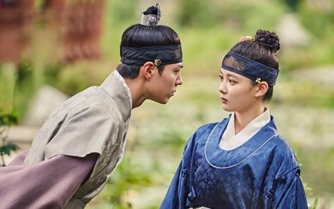 《雲畫的月光》收視節節高升!中國觀眾卻因為「這個角色」表示要拒看?