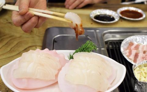震撼視覺!海鮮天堂 韓國超值「海鮮吃到飽」 老闆這樣真的不會虧本嗎…