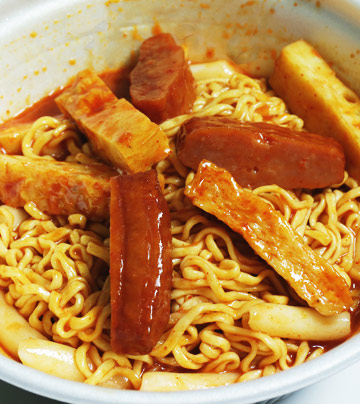 明☆做客:TEENTOP PK韓國3大便利店料理(上)
