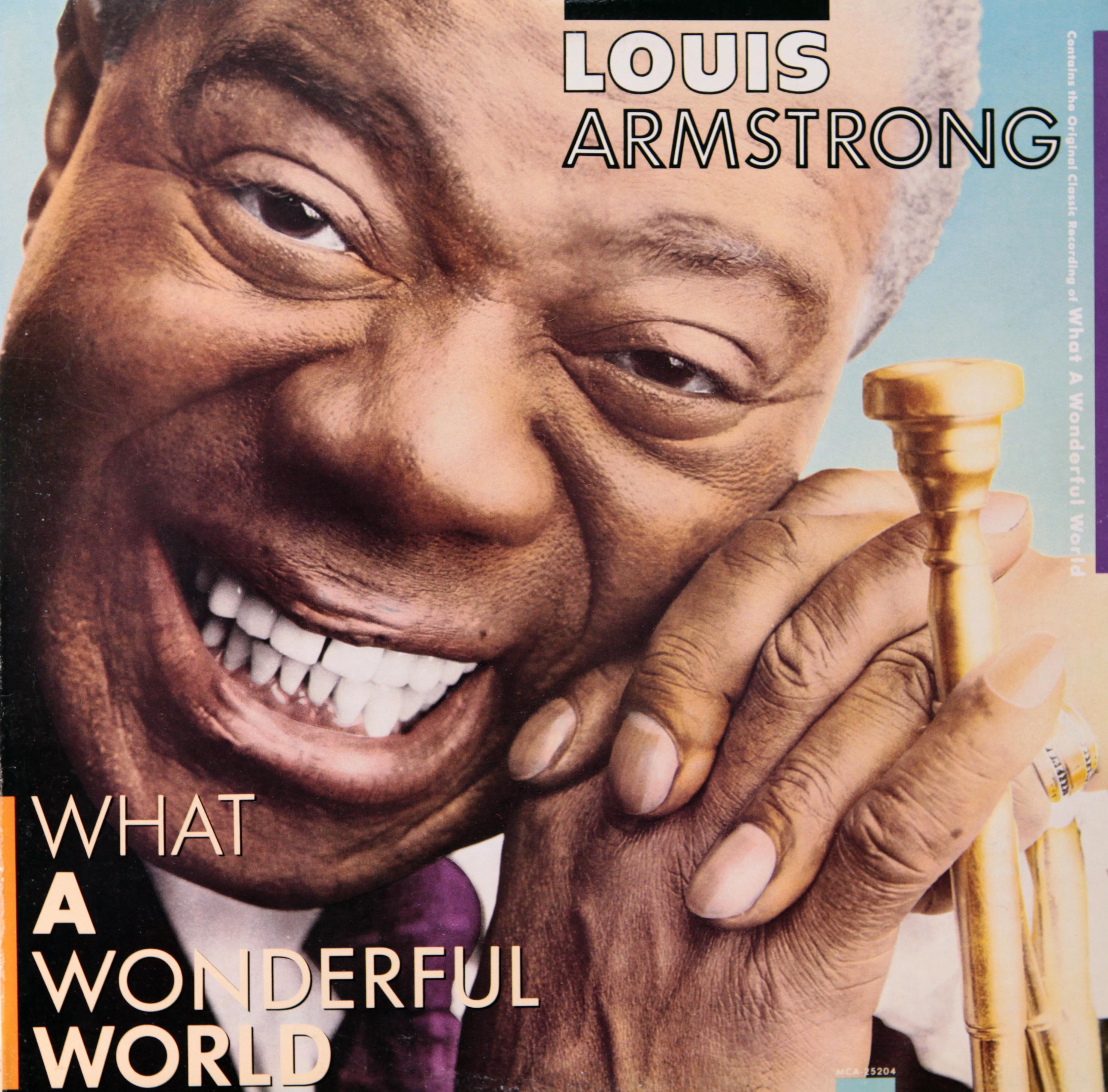 What a wonderful world - Louis Armstrong(路易斯阿姆斯壯)  這首歌雖然不是1920年發行的歌曲,卻充滿了路易斯阿姆斯壯的個人特色!  這首歌於1967年發表,製作人是當時最有名的爵士古典音樂家鮑伯提艾利製作!大家可以聽聽看唷~