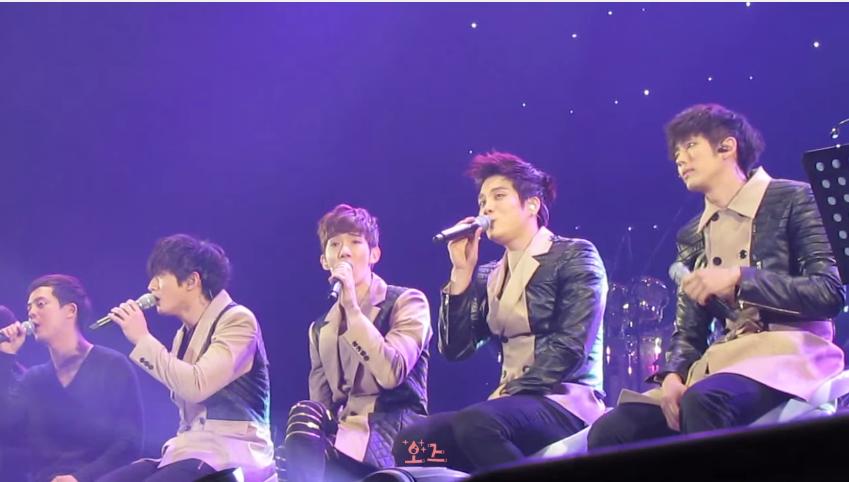 Se7en - 就算我再也無法唱歌、K. Will - 左胸、2PM - Only You、澤演與Nichkhun - My Valentine、JYP - If 原來都是計畫給2AM演唱  2AM曾表示以上這些歌曲都曾經是他們的候選歌單,還說JYP聽到他們唱《左胸》覺得表現不理想,才把歌曲拿給K.Will當出道曲