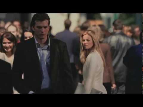 ▶ 蝴蝶效應 - Stop Crying Your Heart Out 綠洲合唱團專輯《Heathen Chemistry》中的這首Stop Crying Your Heart Out增添了電影的韻味,深受觀眾好評...
