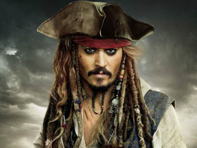 ▶ 神鬼奇航 - He's a Pirate 從第一部 <鬼盜船魔咒>到第四部 <幽靈海>,漢斯·季默(Hans Zimmer)擔任了所有主題曲的創作...這些歌無論什麼時候聽都是棒棒噠!其創作功力可見一斑...