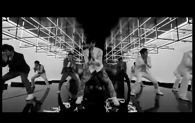 TOP 9. Super Junior - Sorry Sorry 3.1%, 2,286票