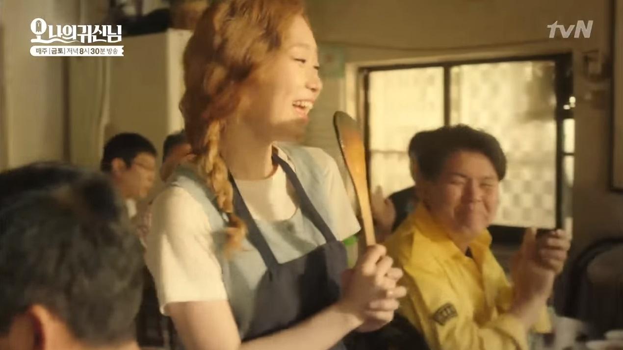 除了曹政奭和朴寶英以外,金瑟琪也在劇中展現了一小段歌唱實力呦!(影片從0:35開始)