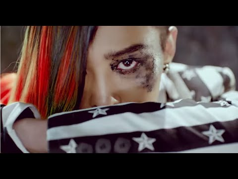 #1位.BIGBANG - FANTASTIC BABY  發行日期:2012年3月6日 點擊數:2億2709萬 (*無法播放時,請直接按出處)