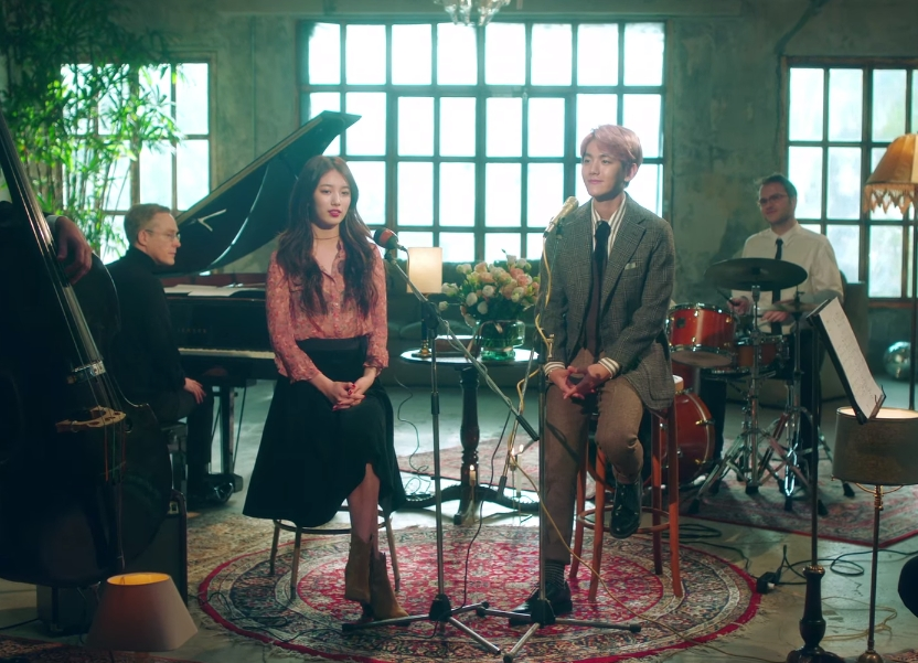 ♥ TOP 1 :: Suzy X 伯賢 'Dream'  發表日:2016.01.07 總下載量:1,002,316 次