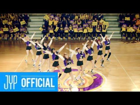 03.TWICE:Cheer Up【15週】2016年4月24日 而這份榜單上最新的團體,則是2015年10月才由JYP正式出道的女團TWICE!而且驚人的是這個週數還在持續更新中,非常有望打破師姐WG所創下的紀錄