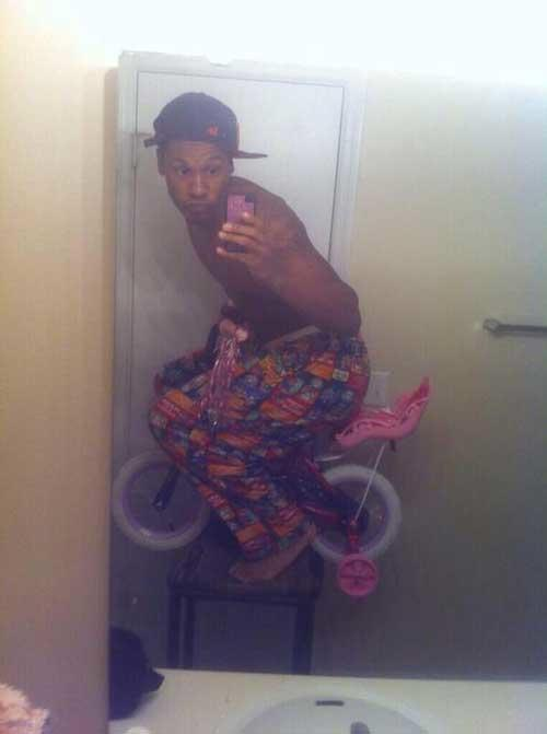 騎飛天卡打車~ 自以為是E.T.嗎
