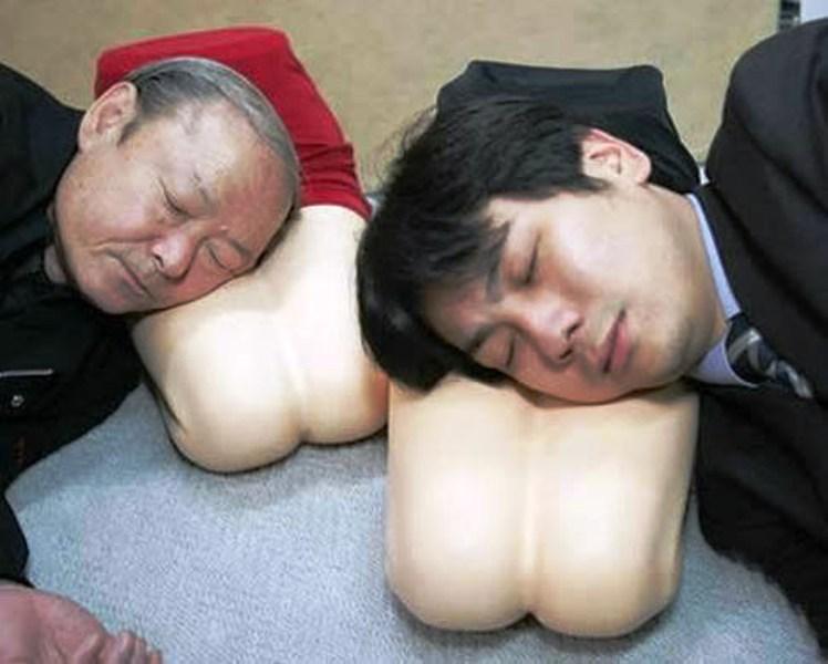 大腿靠枕  不用猜就知道這個是小日本發明的