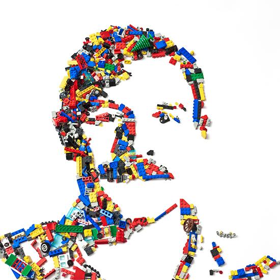就如這張自畫像一樣 美國藝術家Kevin Van Aelst用的不是畫筆 而是用日常生活物品來做畫