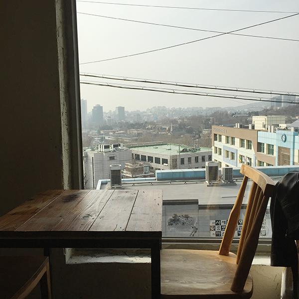 2樓看出去的風景 可以看到整個梨泰院區