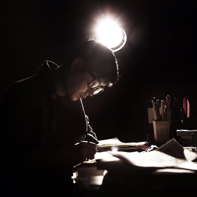 前面看到的所有手寫字體 都是來自這位設計家、作家、創作家 공병각(音譯孔秉閣)