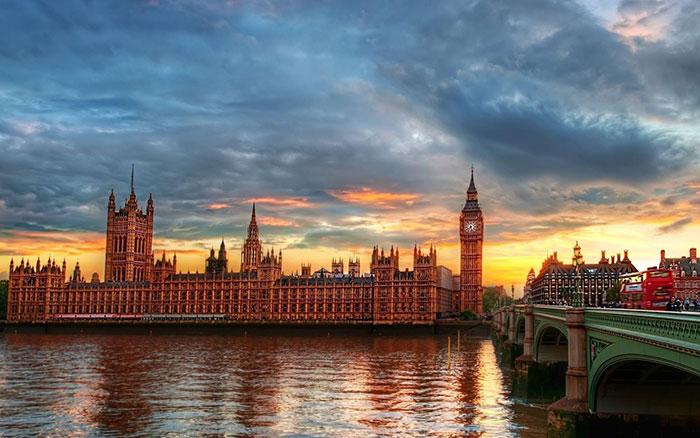 ▣ 第1名. 倫敦(英國首都) 打敗老美,英國都要笑呵呵,倫敦已經連續第三年位居冠軍 倫敦在文化(第1)、交通(第1)、研究開發(第3)與經濟(第4)都有不錯的表現