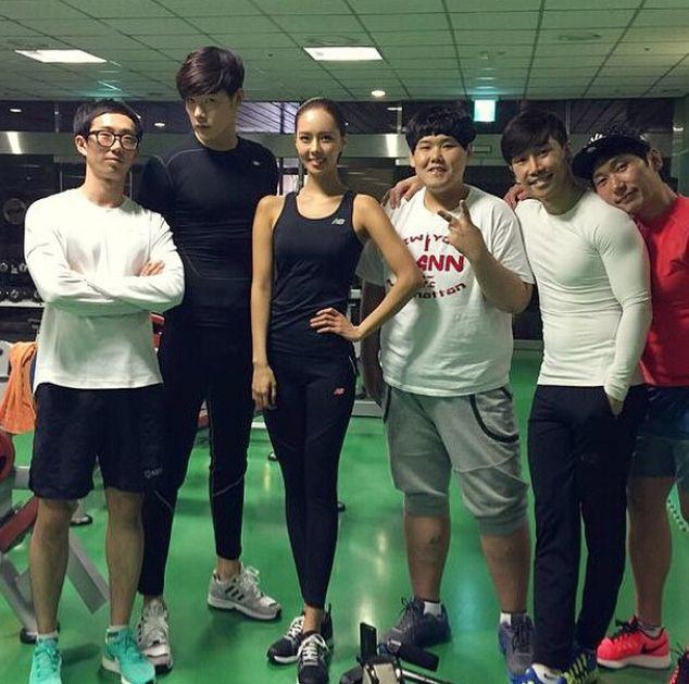 同樣也參加過MUSCLE MANIA健美賽 最近因為上韓綜《Gag Concert》(搞笑演唱會)而知名