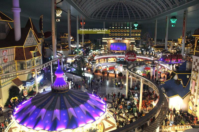 很多國外旅客經常到蠶室 這裡有遊樂園、購物中心、棒球場等 假日總是擠滿人群