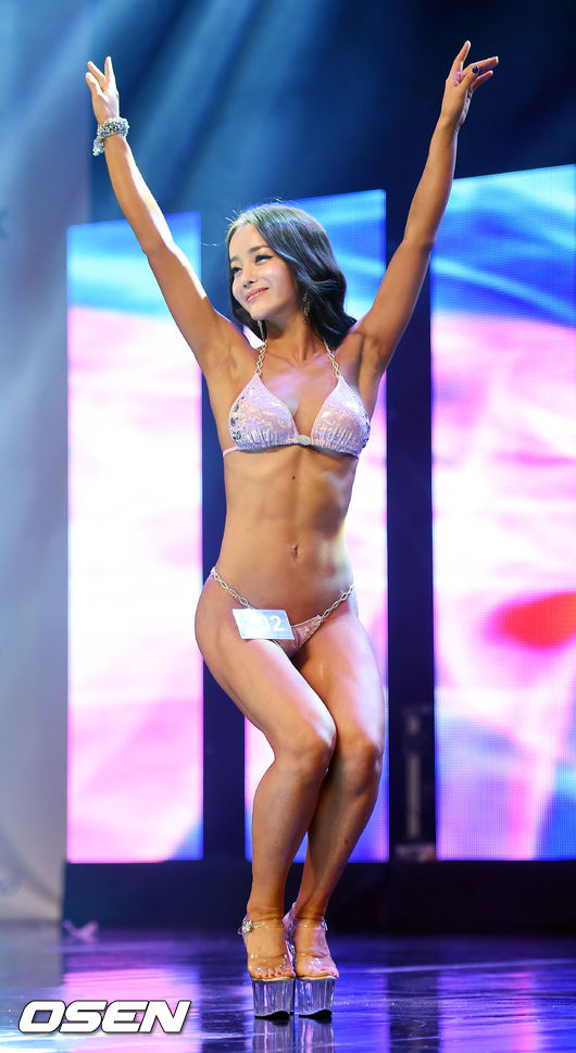 Musclemania Miss Bikini Grand Prix的優勝 鄭仁惠(音譯) 選手