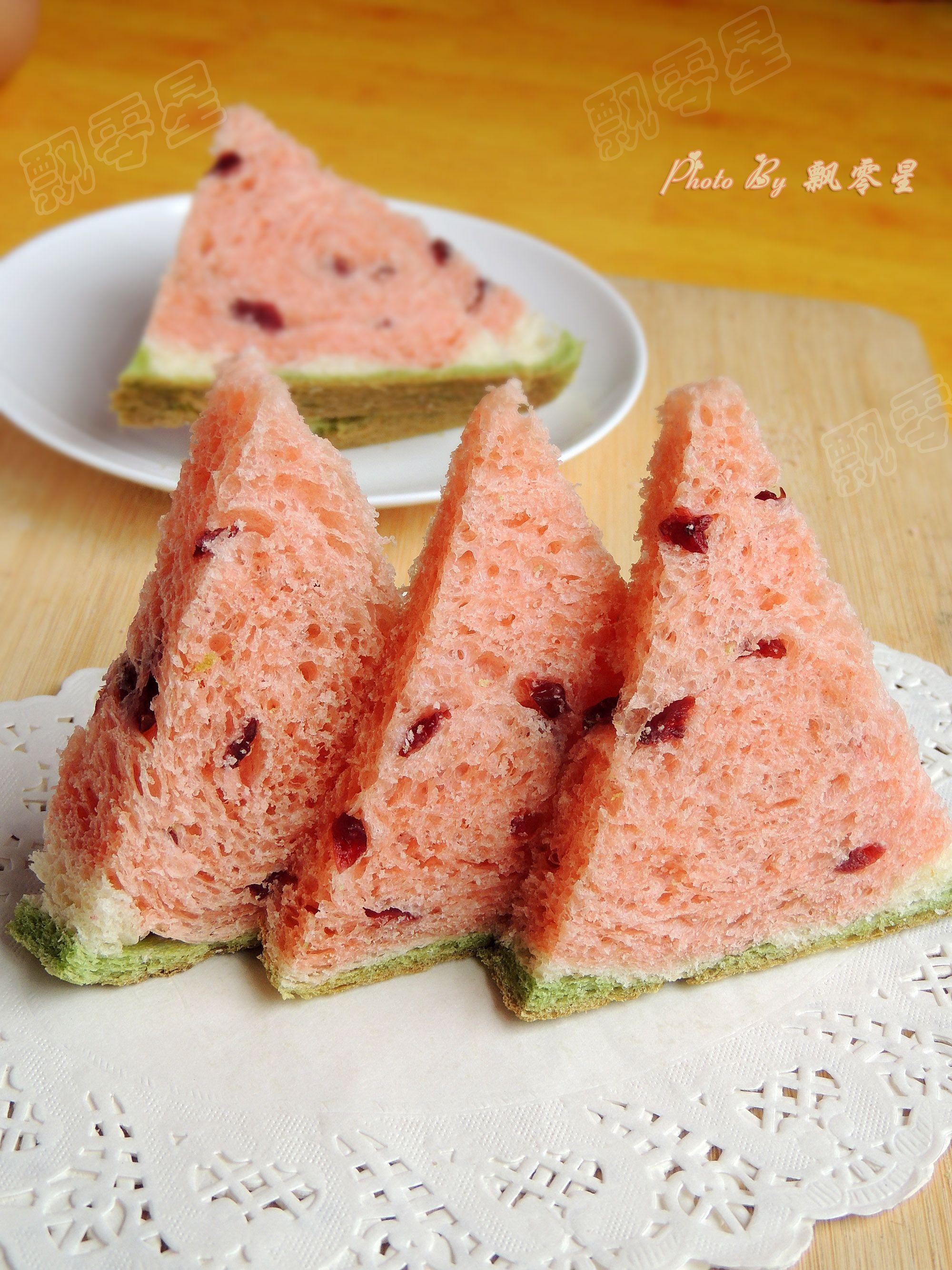 最近在電視新聞裡報導的台灣宜蘭西瓜吐司~ 還登上國際媒體~ 但其實不只台灣吃得到~
