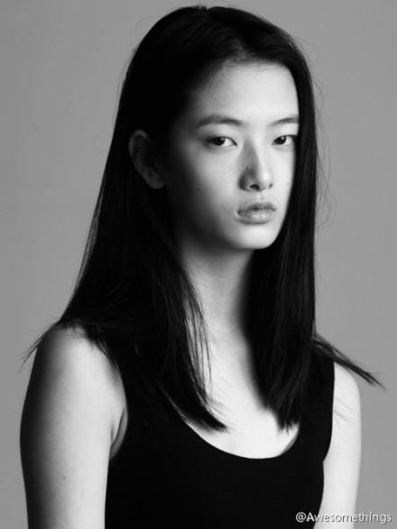 身高178~今年20歲 她甚至比男友早一年 在2013年就站上國際伸展台~
