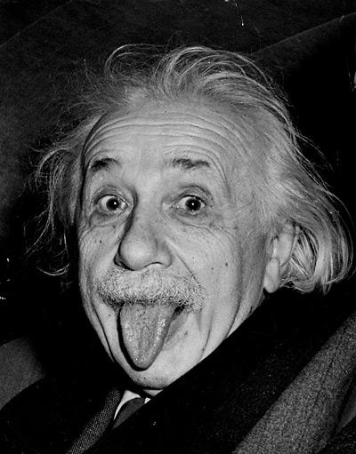 你想知道原因~ 就不能不提到這位聰明但又瘋狂的老頭XD 他就是德國科學家愛因斯坦~
