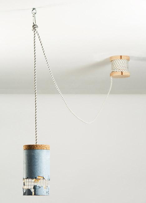 線的長度也可以自行控制 可以把線捲固定在天花板上收納