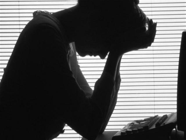 而且,根據最近的研究指出, 科學家們又發現,催生素可以有效降低女性們的「壓力感」呢!