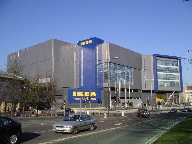 3. 世界最大間的IKEA  你知道嗎?韓國一直沒有瑞典家具暢貨品牌IKEA 直到2014年底(去年12月), IKEA宣布正式進軍韓國, 在首爾外的近郊京畿道建了一個佔地5.1297萬平方米的旗艦店~ 聽說這個大小跟法國羅浮宮一樣大XDD
