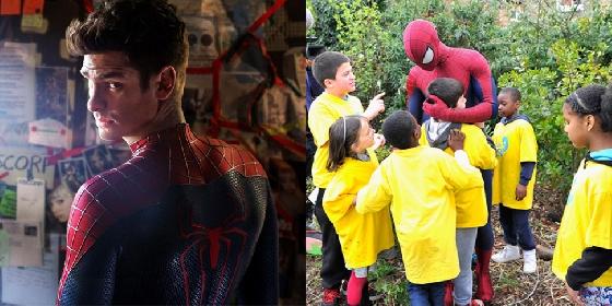 8.《蜘蛛人》安德魯加菲爾德 雖然目前安德魯加菲爾德將被換角的傳言甚囂塵上,但這完全不會改變大家對他超級英雄的印象。同樣擅長利用名氣做公益的他,除了募資幫助孩童外,還無酬參與計畫,穿著蜘蛛人服裝陪孩童玩耍。