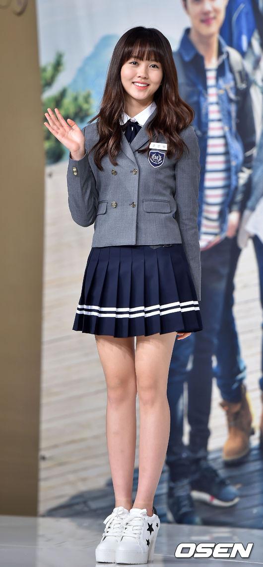 當然有漂亮的制服~也會有醜醜的~ 今天要介紹我們韓國網站3萬多人票選出的7大醜校服(顆顆)